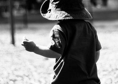 child-hat-monochrome